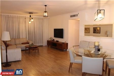 מאוד דירה 4 חדרים ביהוד מונוסון למכירה דרך משה דיין 28 28 - ad LI-73