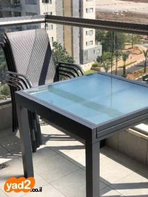 רק החוצה למכירה שולחן וכסאות לגינה/מרפסת!!! שולחן 90/90 לגינה ריהוט יד שניה UG-39